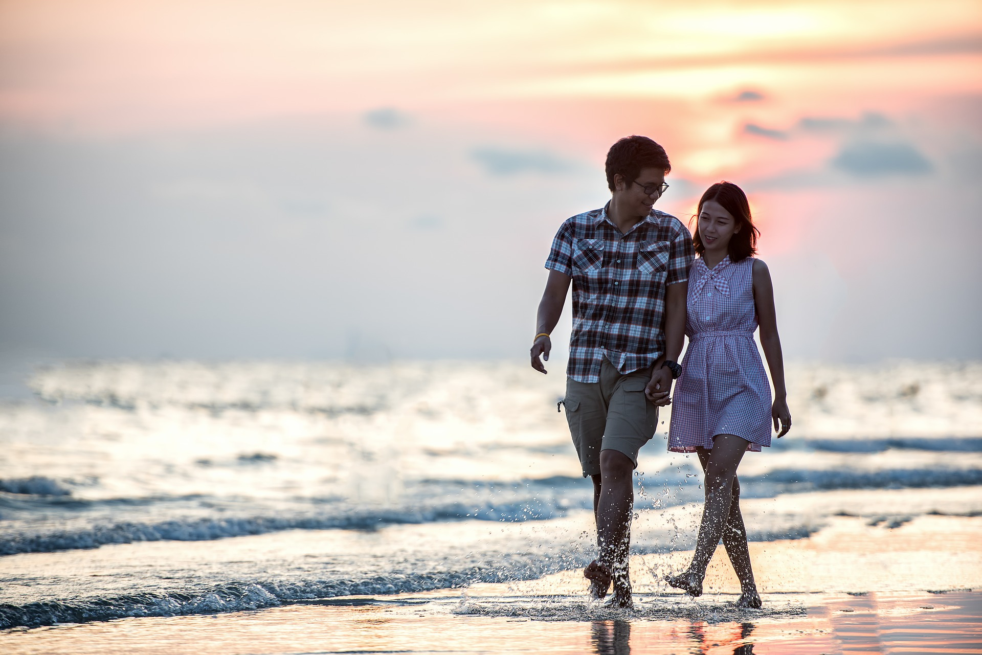 """Happiness is Free: कुछ रिश्ते अनमोल होते हैं जहां """"मैं"""" की कोई गुंजाइश नहीं होती !"""